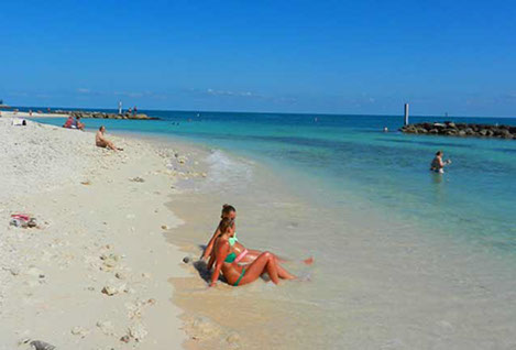Fort Zachary Taylor Beach Chair Rentals